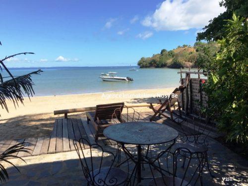 vente-villa-avec-chambres-d-hotes-plage-ambondronanosybe