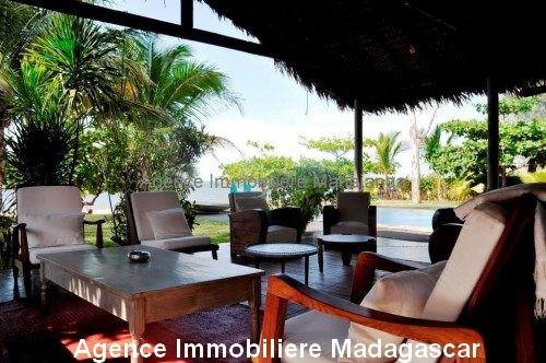 Location-annuelle-villa-plage-piscine-mahajanga4.jpg