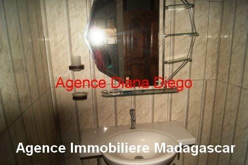 Location grande maison neuve quartier SCAMA Diego-Suarez1.jpg