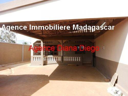 Location grande maison neuve quartier SCAMA Diego-Suarez5.jpg