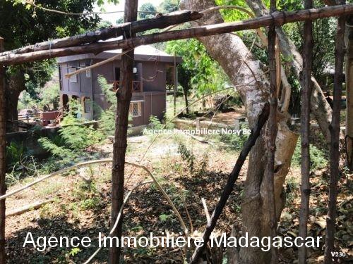 Vente-terrain-ambatoloaka-nosybe-madagascar