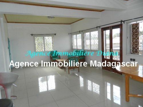 location-appartement meuble-port-diego-suarez-madagascar.jpg