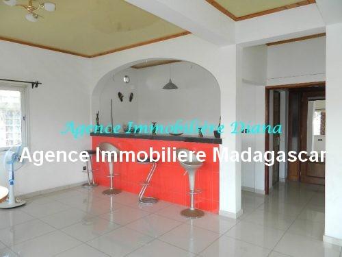 location-appartement meuble-port-diego-suarez-madagascar1.jpg
