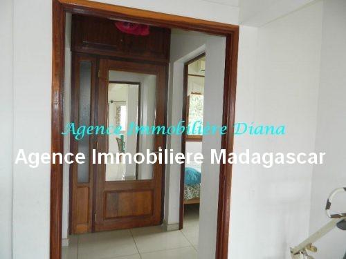 location-appartement meuble-port-diego-suarez-madagascar9.jpg