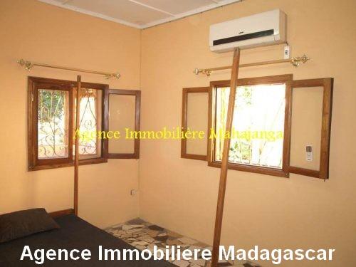 location-maison-ville-deux-chambres-garage-mahajanga-madagascar4.jpg