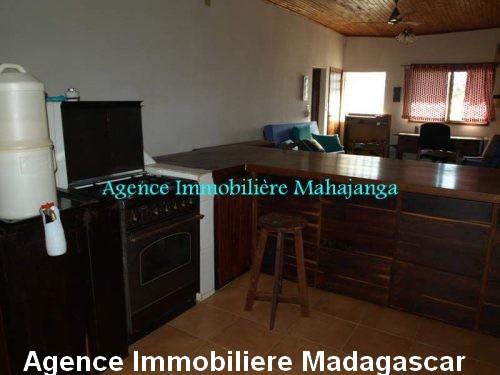 location-maison-vue-mer-100-m-plage-ville-mahajanga-madagascar3.jpg