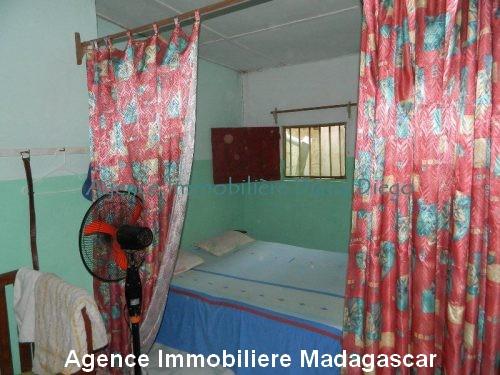location-petite-maison-meublee-avec-trois-chambres-centre-ville-diego4.jpg