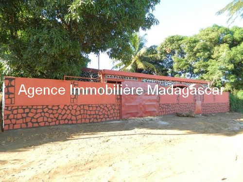 location-villa-ambohimitsinjo-diego-suarez-madagascar.jpg