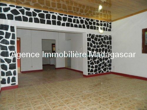 location-villa-ambohimitsinjo-diego-suarez-madagascar5.jpg