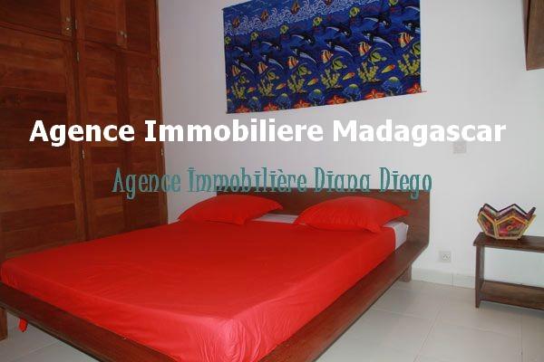 vente-appartement-t2-terrasse-vue-mer-diego-madagascar-3.jpg