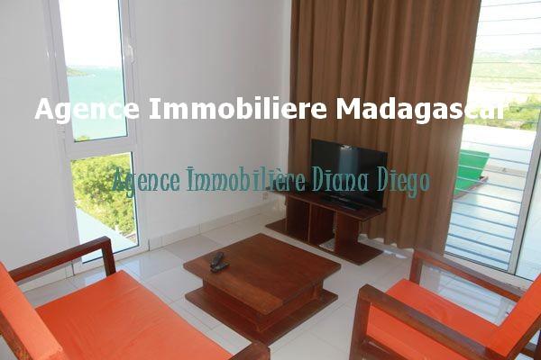 vente-appartement-t2-terrasse-vue-mer-diego-madagascar-5.jpg
