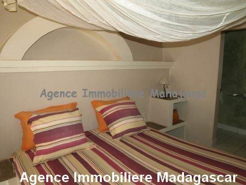 vente-deux-bungalows-piscine-vue-mer-mahajanga-madagascar3.jpg