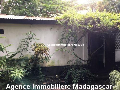 vente-ensemble-deux-petites-villas-ambodrona-nosybe.jpg