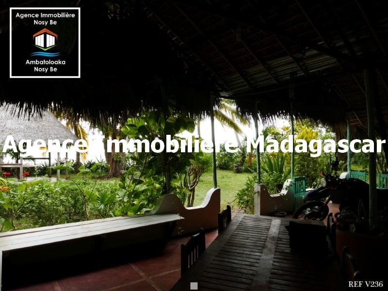 vente-trois-villas-nosybe-madagascar-5.jpg