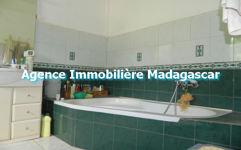 immeuble-diego-suarez-madagascar-5.JPG