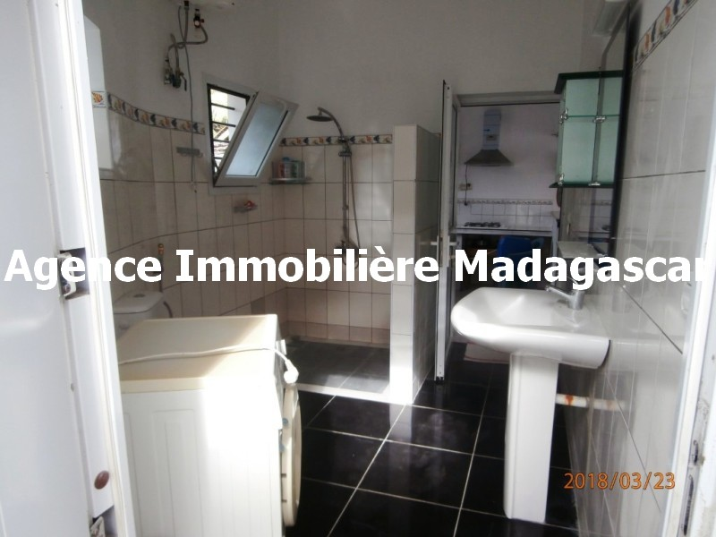 location-t3-meuble-mahajanga-4.jpg