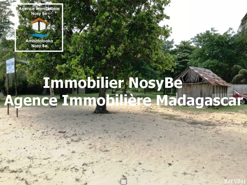 nosybe-vente-terrain-plage-andilana-madagascar-3.jpg