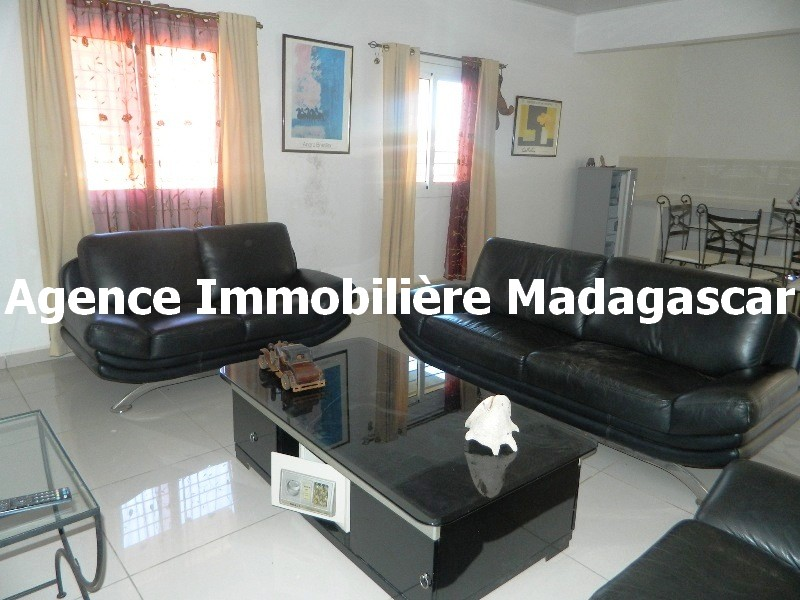 location-villa-meublee-diego-madagasca-1.JPG