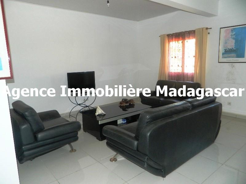 location-villa-meublee-diego-madagascar.JPG