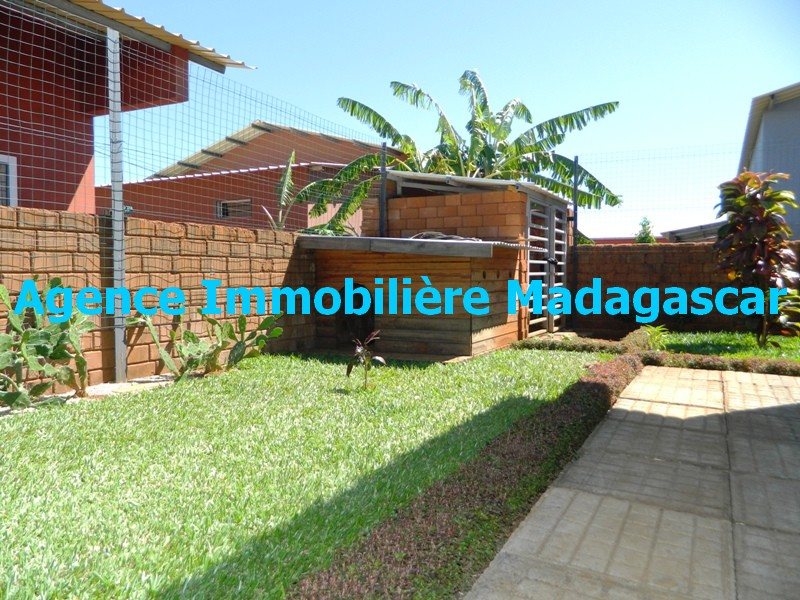 location-villa-meublee-diego-suarez-madagascar-5.JPG