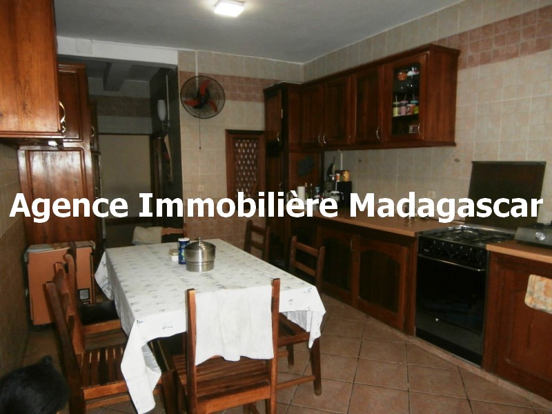 maison-mahajanga-madagascar-2.jpg