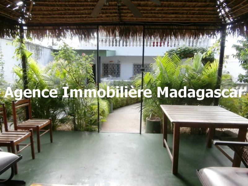 maison-mahajanga-madagascar.jpg