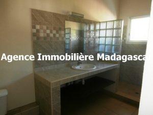 appartement-t2-location-mahajanga-mpadagascar-3.jpg