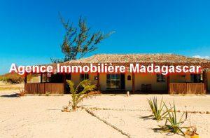 campement-plage-region-diego-madagascar-1.JPG