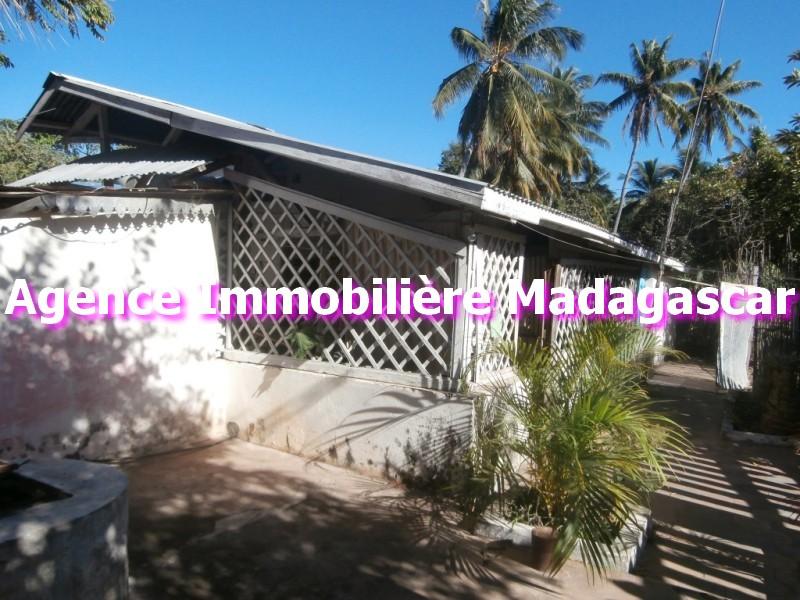 vente mahajanga maison pas ch re madagascar immobilier. Black Bedroom Furniture Sets. Home Design Ideas