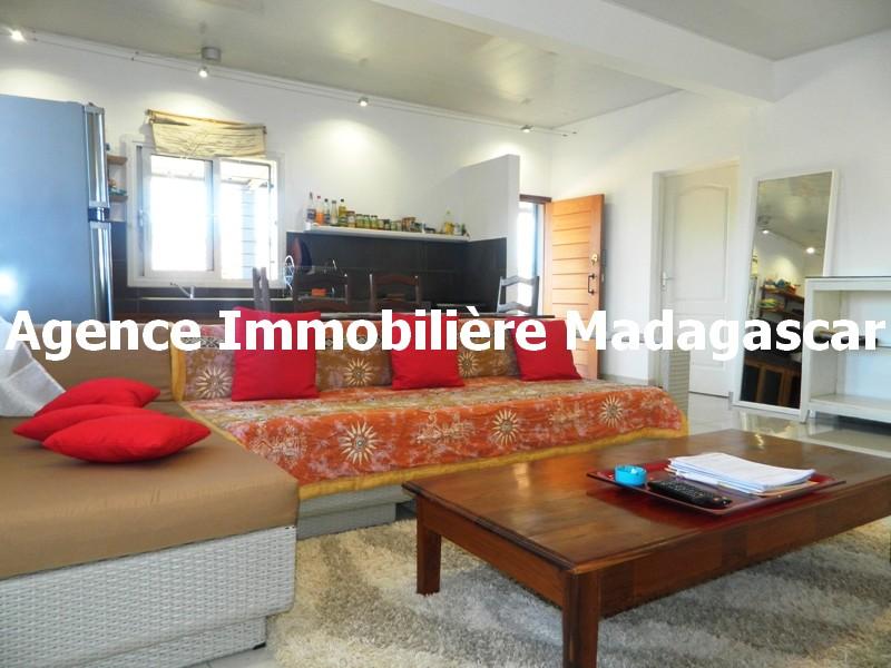 villa-meublee-diego-suarez-1.JPG