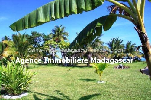 vente-terrain-sainte-marie-madagascar-3.jpg