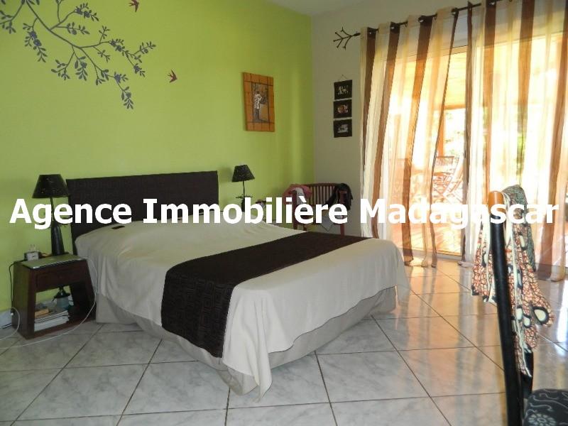 vue-mer-piscine-belle-villa-diego-madagascar-3.JPG