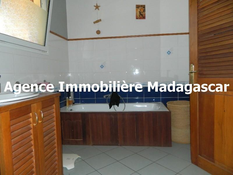 vue-mer-piscine-belle-villa-diego-madagascar-4.JPG