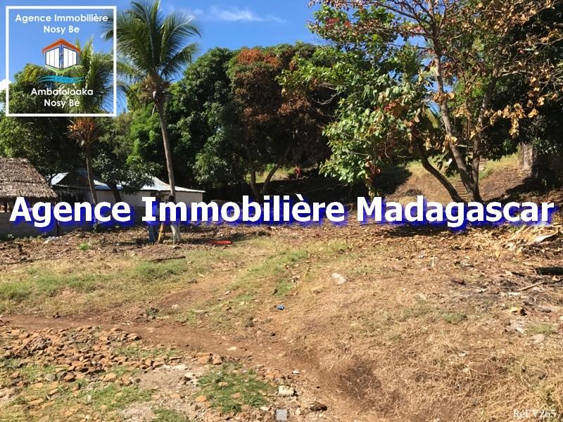 land-for-sale-ambatoloaka-nosybe-madagascar-3.JPG