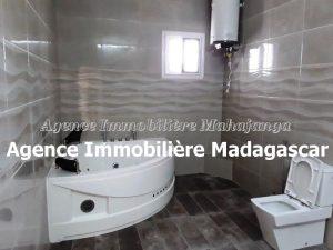 location-appartements-mahajanga-amborovy-3.jpg