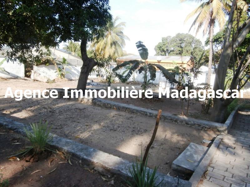 mahajanga-centre-vente-maison-1.jpg