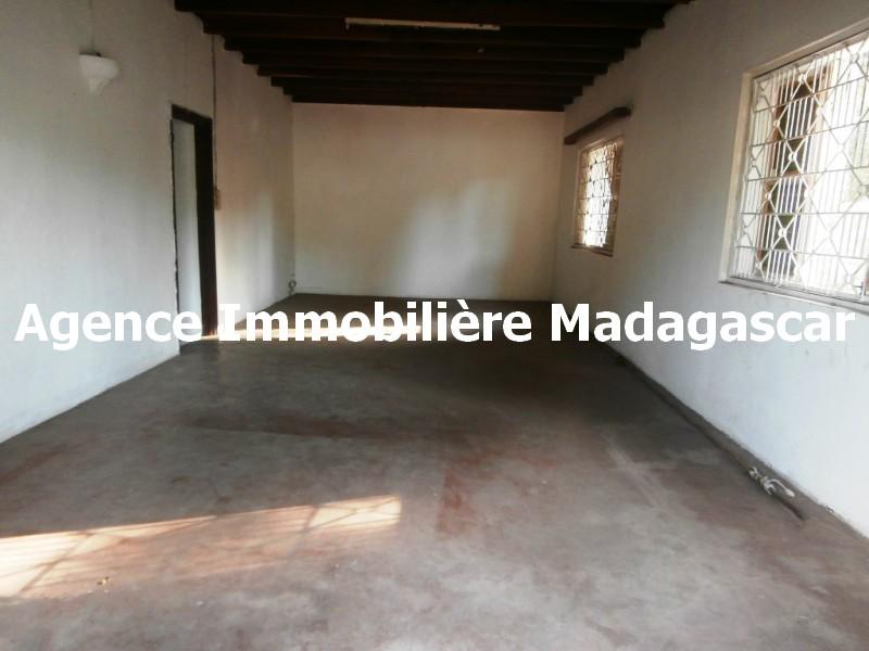mahajanga-centre-vente-maison-3.jpg