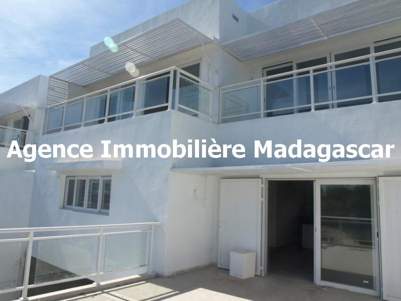 mahajanga-villa-contemporaine-madagascar-1.jpg