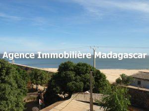 mahajanga-villa-contemporaine-madagascar-2.jpg
