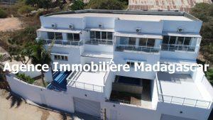 mahajanga-villa-contemporaine-madagascar-6.jpg