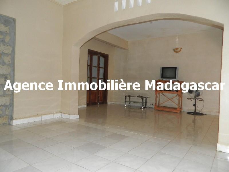 vente-villa-belle-opportunite-diego-madagascar-7.JPG