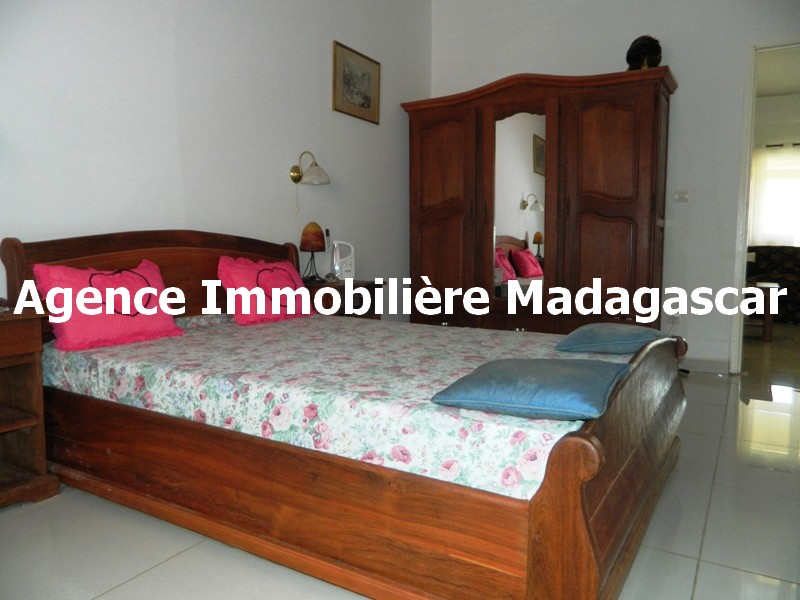 vente-villa-piscine-diego-suarez-madagascar-2.JPG
