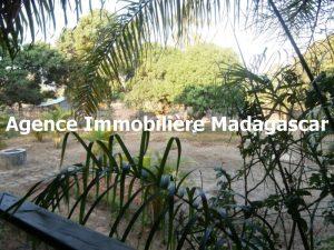 mahajanga-location-villa-meublee-1.jpg