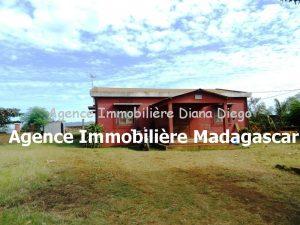 vente-maison-petit-prix-grand-terrain-diego-1.jpg