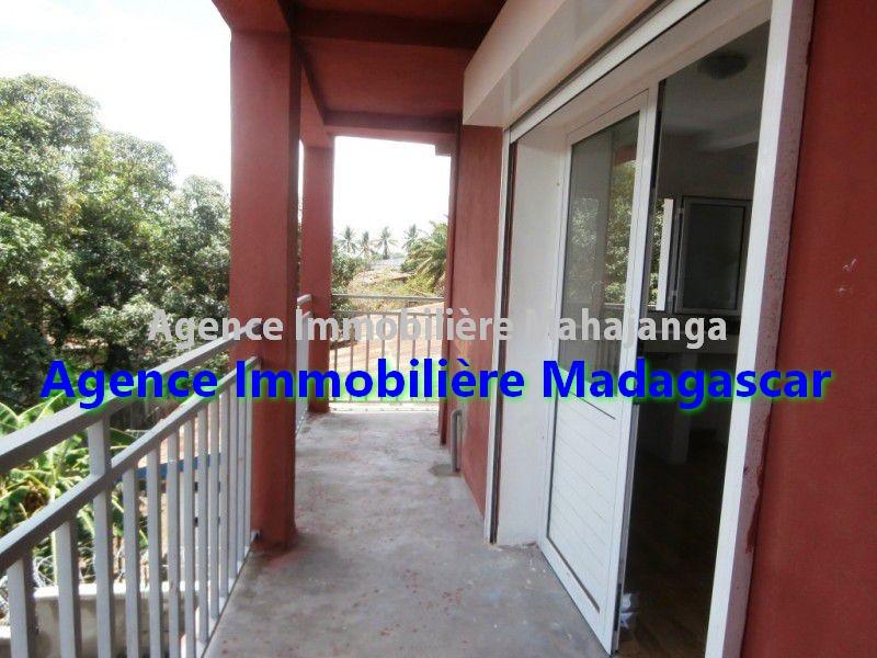 appartements-location-mahajanga-mangarivotra-1.jpg
