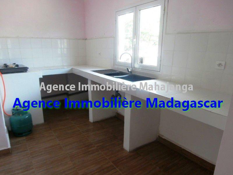 appartements-location-mahajanga-mangarivotra-2.jpg