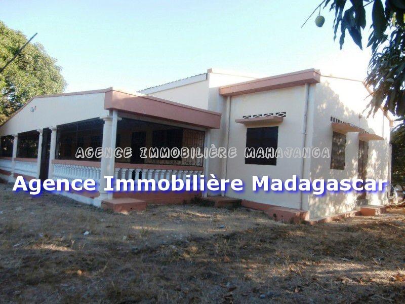 mahajanga-location-villa-neuve-1.jpg