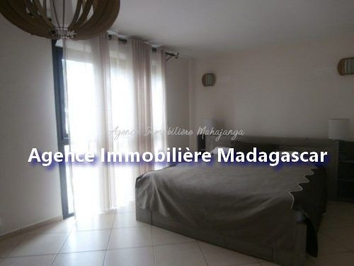 mahajanga-location-appartement-standing-4.jpg