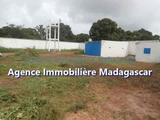 mahajanga-amborovy-vente-terrain-mada-3-min.jpg