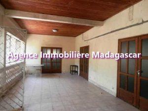 villa-a-vendre-de-mahajanga-2-min.jpg
